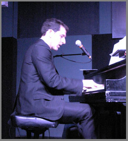 Peter Smith on Piano at the Iridium NYC - Photo by Luxury Experience